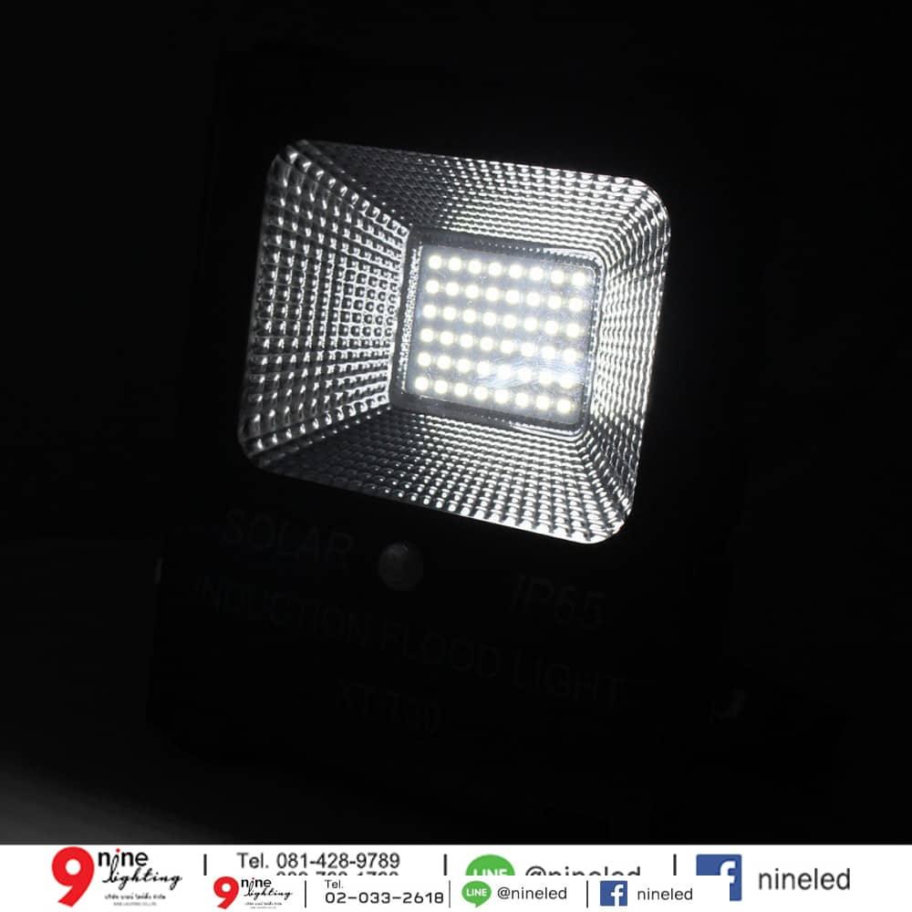 สปอร์ตไลท์ LED โซล่าเซลล์ 20w ยี่ห้อ Iwachi (แสงขาว)