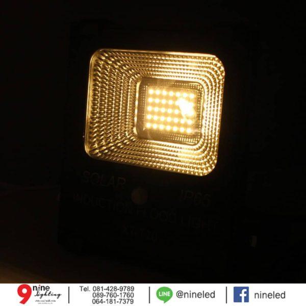 สปอร์ตไลท์ LED โซล่าเซลล์ 20w ยี่ห้อ Iwachi (แสงส้ม)